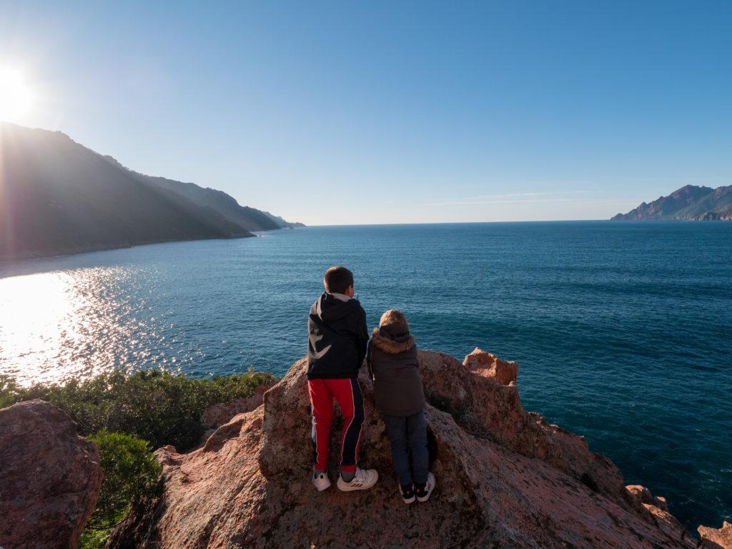 Visiter la Corse en famille hors saison. Le golfe de Porto Ota